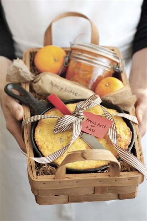 13 ideas for diy gift baskets that make great christmas