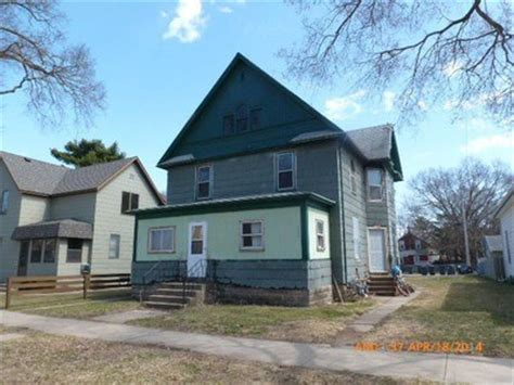 houses for sale in la crosse wi 1426 liberty st 1422 la crosse wi 54603 reo home details reo properties and bank