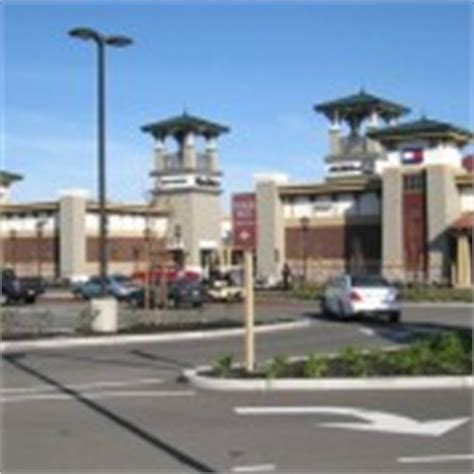 factory outlet stores in california