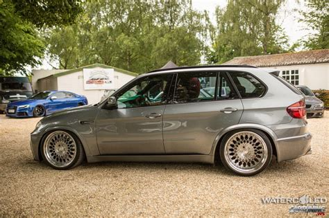 bmw stanced stanced bmw x5 e70 left