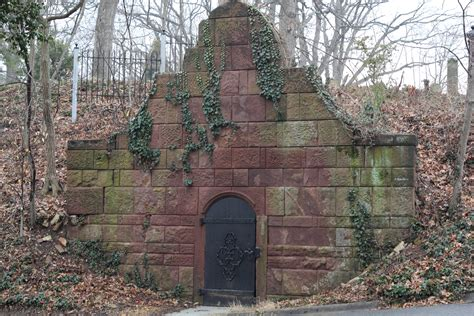 historic cemeteries of alexandria historic alexandria file crypt at ivy hill cemetery alexandria virginia jpg