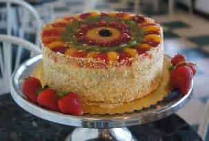 kuchen aus obst signature fruit cake classic bakery