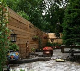 Garden Ideas Small Yard Small Yard Landscaping Design With Wooden Fences Quecasita