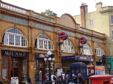 earls court panoramio photo of earl s court station