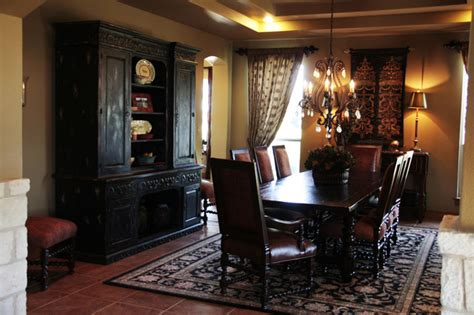 10 inviting old world style dining rooms artisan crafted iron furnishings and decor blog best old world dining room images rugoingmyway us