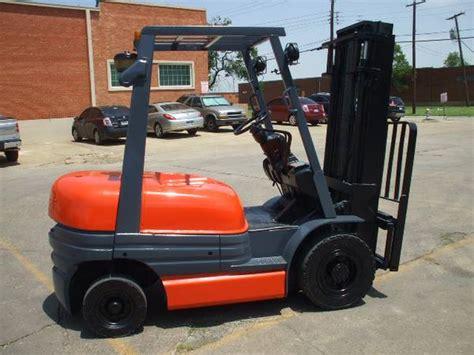 Toyota Lift Of San Antonio Toyota Forklift 5 000 Lbs Capacity Used Forklifts San