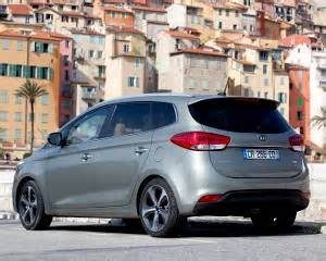 Kia Carens Fuel Consumption 2013 Kia Carens 2 0 Gdi Ecodynamics Specifications Data
