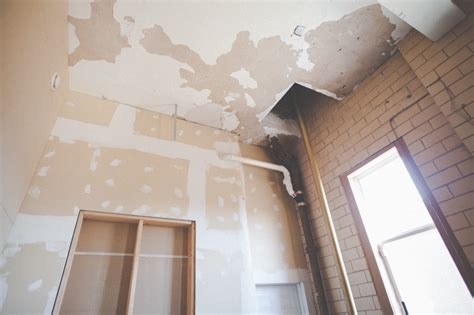 ceiling plaster repair plaster ceiling repair a pole in the dining room