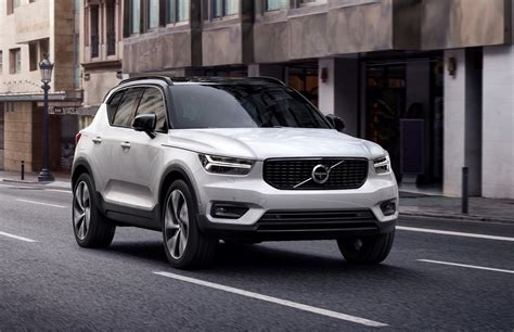 volvo cx 40 this is the new 2018 xc40 small suv boasting with care by