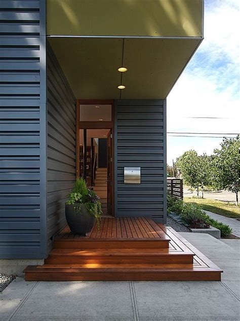 Modern Front Door Found On Zillow Digs Modern Barn Front Door Steps Design