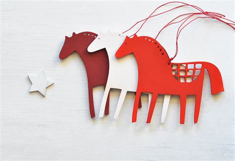 wooden horse christmas ornaments set of 3 folk tree