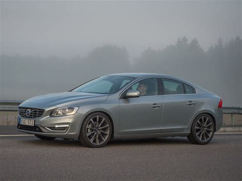 volvo s60 2014 car image 46 of 114 diesel station
