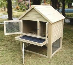 Rabbit Hutch With Pull Out Tray Eco Friendly Bunny Hutch Ecoflex Material Resists