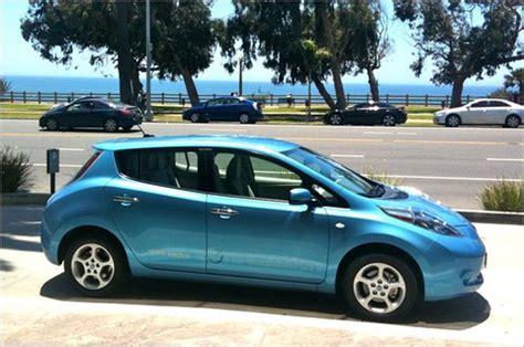 nissan leaf electric range driving the nissan leaf electric car reveals range