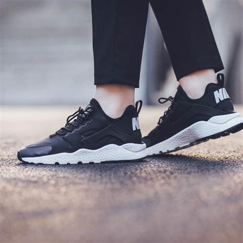 Nike Huarache Ultra Run black on white huarache run ultra soletopia