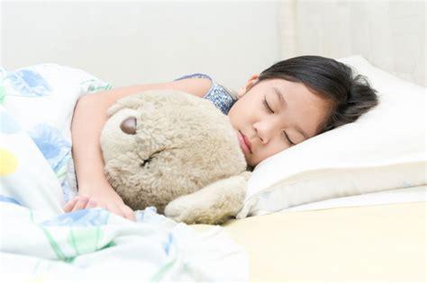 membuat anak nyenyak tidur ini yang harus dilakukan supaya anak bisa tidur nyenyak