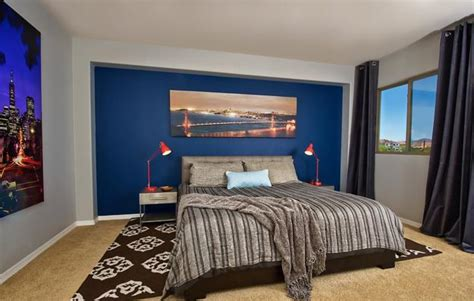 painting a bedroom tips tips for modern bedroom decorating with paintings and prints