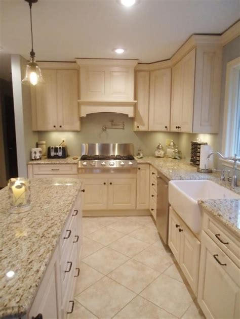 cream kitchen tile ideas best ideas about tile floor kitchen on spanish cream