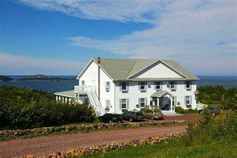 cape breton inns castle rock country inn in ingonish hotel rates