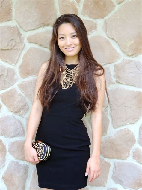 what jewelry to wear with a high neck dress e fashionforyou