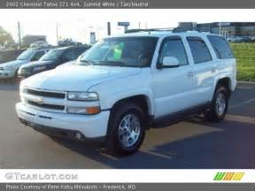 2002 Chevrolet Tahoe Z71 Summit White 2002 Chevrolet Tahoe Z71 4x4 Neutral