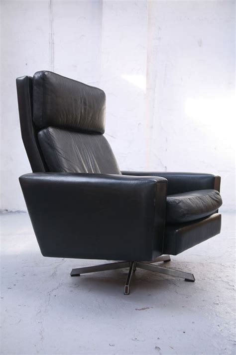 black leather swivel chair black leather swivel chair and chrome