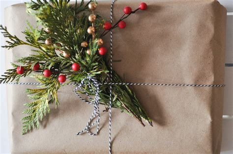 gift wrapping ideas 6 ways to use kraft paper