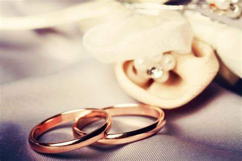 who pays for wedding rings matvuk