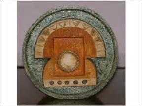 Troika Wheel Vase Troika Pottery Simone Kilburn