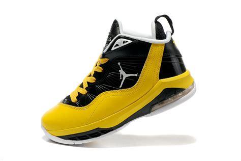 melo m8 black yellow sport shoes