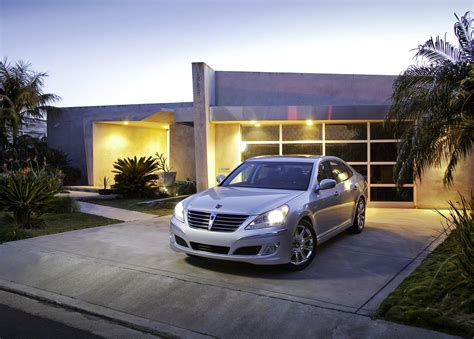 front of house hyundai equus park front of house car pictures images gaddidekho com
