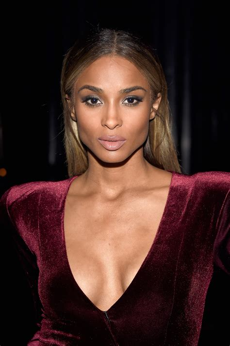 ciara  makeup moment  happened   red carpet
