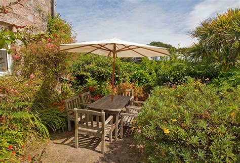 tresco sea garden cottages rowesfield tresco island