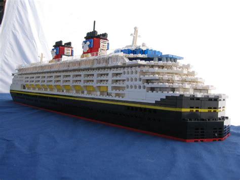 mini boats at disney disney cruise ships lego disney and cruise ships on pinterest