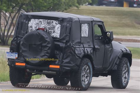 jeep truck 2 door 2018 jeep wrangler jl 2 door spied zf 8 speed auto and