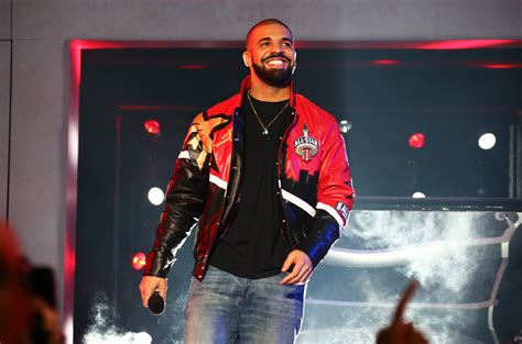 drake breaks adele s streaming record in the uk with one dance billboard
