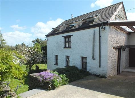 holiday cottages wales coast country self catering