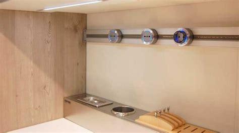 calabrese mobili impianto elettrico cucina