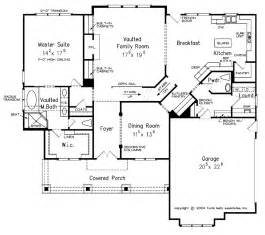 Craftsman 40442 Craftsman Style House Plan 4 Beds 3 5 Baths 2619 Sq Ft
