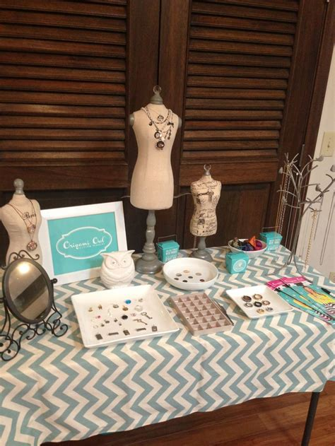 Origami Owl Jewelry Bar Display - 1000 ideas about bar displays on d lighting
