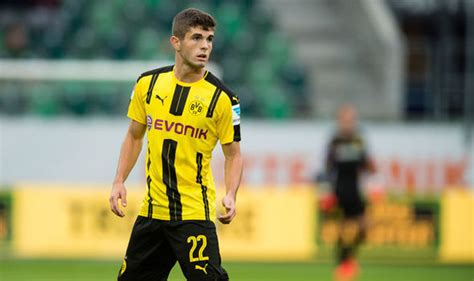 christian pulisic manchester united christian pulisic reveals he supported manchester united