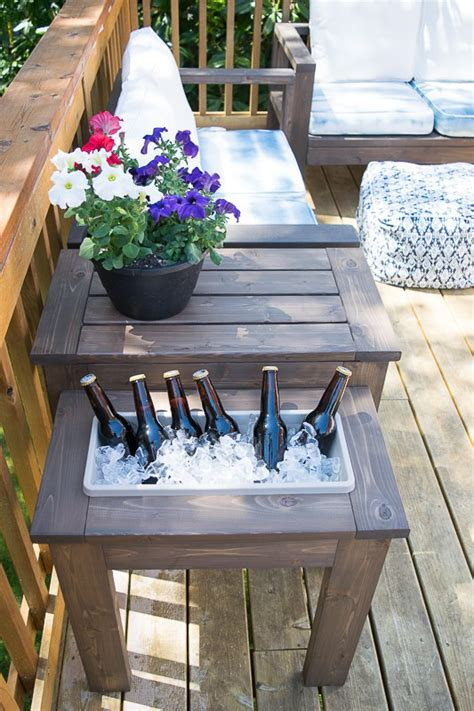 Diy Patio Side Table by Diy End Table With Built In Planter Or The