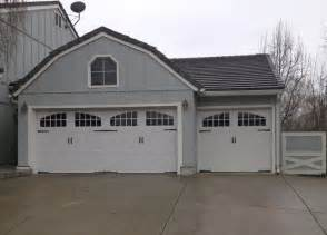 Farmhouse Garage Doors Amarr Classica Santiago Steel Carriage Garage Door Farmhouse Garage And Shed Los Angeles