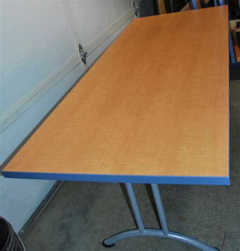 lightweight folding table made of torsion box composite