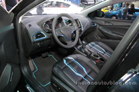 chevrolet cruze classic dashboard indian autos blog chevrolet cruze tron special edition interior dashboard at