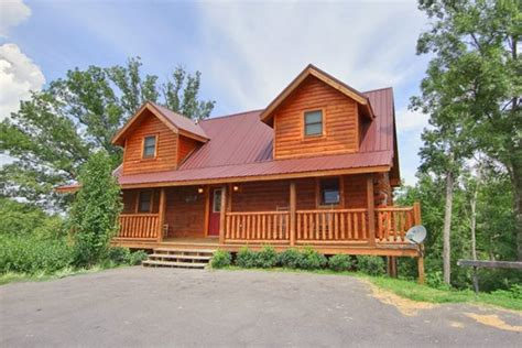 smoky creek cabins hilltop hideaway pigeon forge and gatlinburg 5 bedroom tennessee vacation cabin