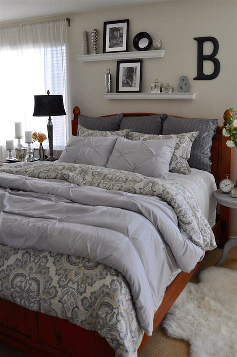 ways to set up your bedroom restyling 1 comforter bed set 10 different ways 2