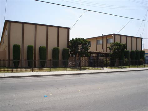 7800 7808 wilcox ave bell gardens ca apartment finder