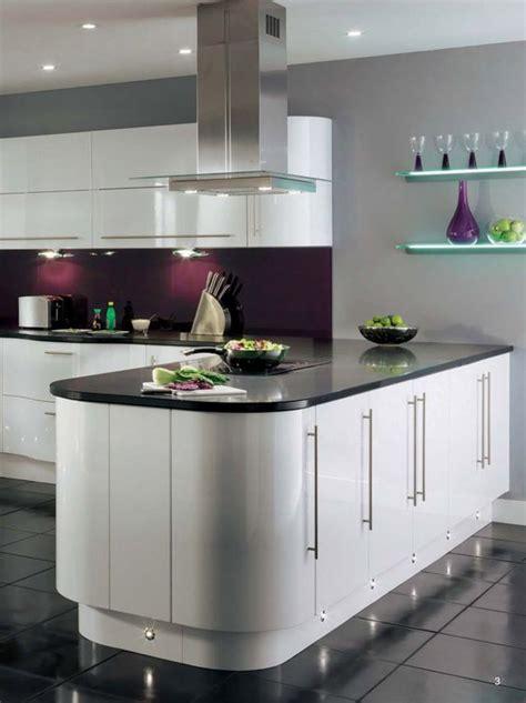 White Kitchen Purple Walls by 1000 Ideas About Purple Kitchen Walls On