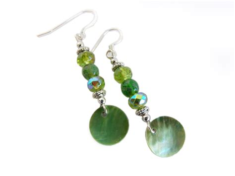 world of warcraft jewelry un goro crater earrings geeky